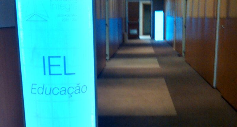 Elaboração do Projeto de Programação Visual do evento de Planejamento Estratégico Integrado, organizado pela CNI. Responsável: Agência Carcará
