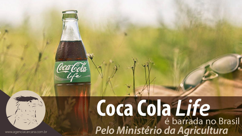 Coca-cola Life barrada no Brasil Nova bebida com 13 gramas a menos de açúcar que a versão original tem na composição a mistura de açúcar e adoçante, fora da regulamentação do Ministério da Agricultura para refrigerantes