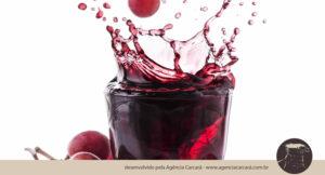 Jogada de marketing? Coca Cola lança Del Valle com 100% Suco, uma bebida feita apenas com a fruta: uva e laranja. O objetivo, segundo a empresa, é incrementar o portfólio da marca e oferecer mais opções para o consumidor que busca cada vez mais alimentação mais saudável.