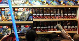 Talvez uma das maiores mobilizações de marketing e publicidade de todos os tempos está ocorrendo agora com Star Wars. Disney apostando alto em todo o planeta!