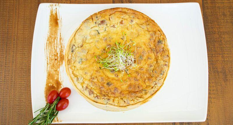 Food Porn é um termo novo para fotografar comida ou fotografia de alimentos. Se traduzirmos o termo ao pé da letra, fica algo como Pornô de Comida. Mas calma, não têm absolutamente nada a ver com vegetais se reproduzindo, e sim com uma forma diferenciada de apresentar pratos.